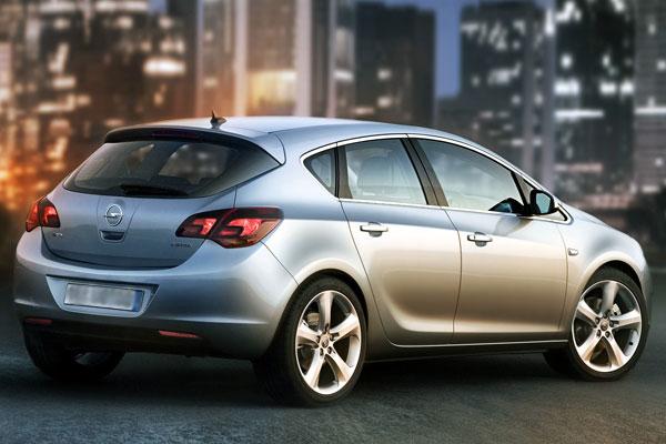 Opel Astra новая (фото-3)