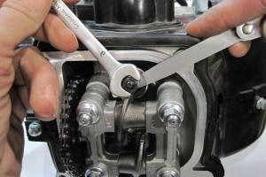 Регулировка зазоров клапанов 4-х тактного двигателя скутера
