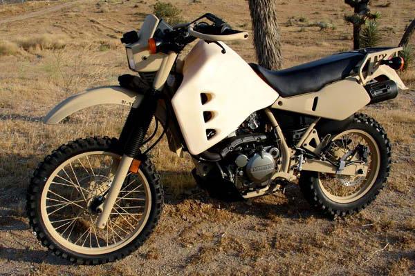 Дизельный мотоцикл HDT M103 M1 фото