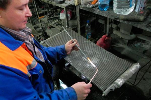 Ремонт радиатора автомобиля своими руками фото