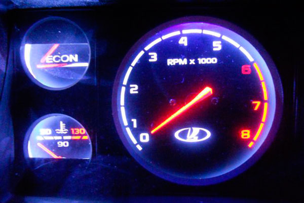 Тюнинг подсветка в салоне авто