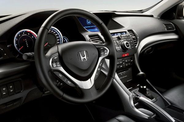 Honda Accord 8 поколения фото салона