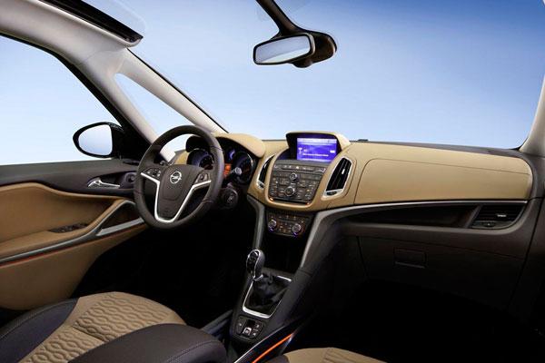 Opel Zafira фото салона