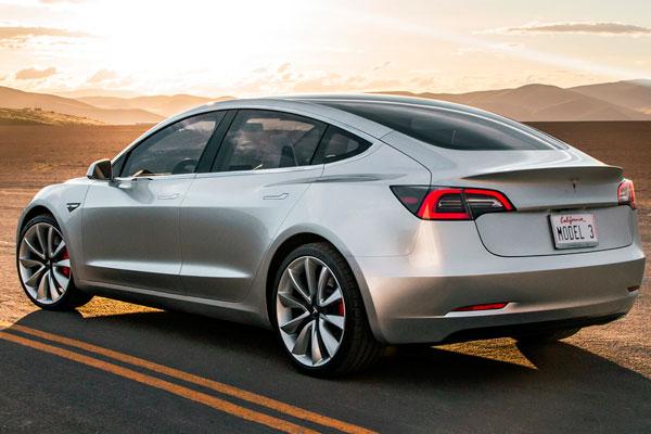 Электрокар Tesla Model 3 (фото-2)