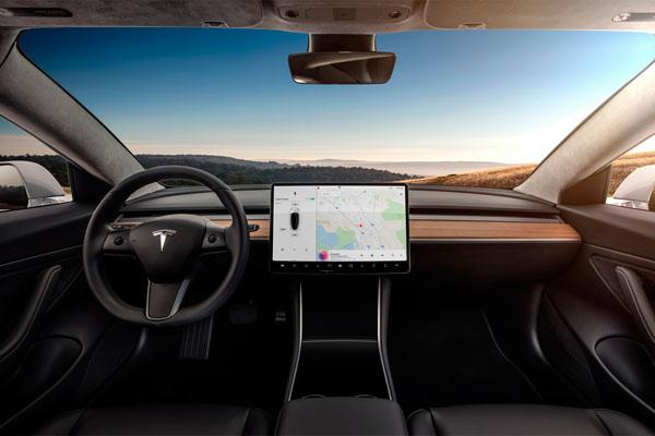 Электрокар Tesla Model 3 (фото-3)