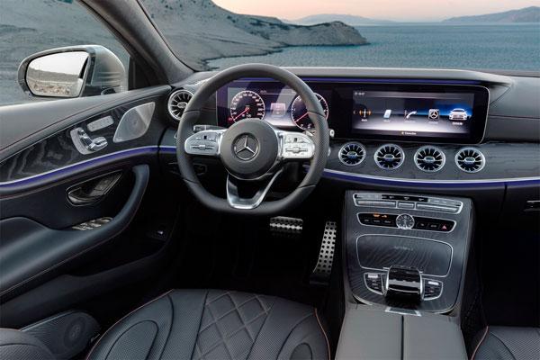 Четырехъядерный купе Mercedes CLS (фото салона-2)